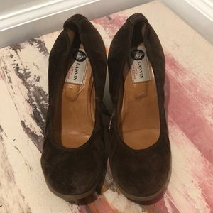 Lanvin brown suede round toe wedges size 7